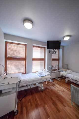 Renommierte Schönheitsklinik in Polen: Patientenzimmer