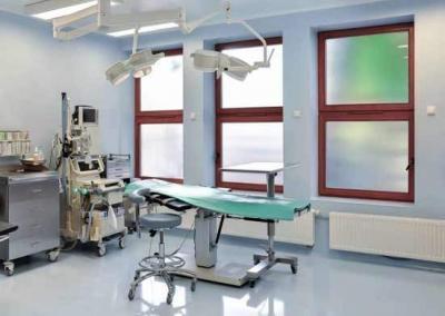 Renommierte Schönheitsklinik in Polen: Operationssaal